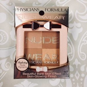 Physicians Formula® Nude Wear Glowing Nude Bronzer